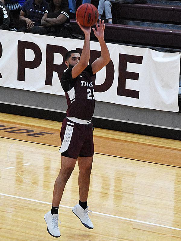 Tyler Peavy. UT-Dallas beat the Trinity men's basketball team 78-64 on Sunday, Nov. 25, 2018 at Trinity.