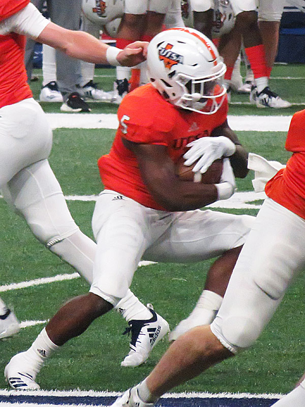 UTSA senior running back Jalen Rhodes carried the ball 9 times for 47 yards in a 24-21 loss to North Texas.