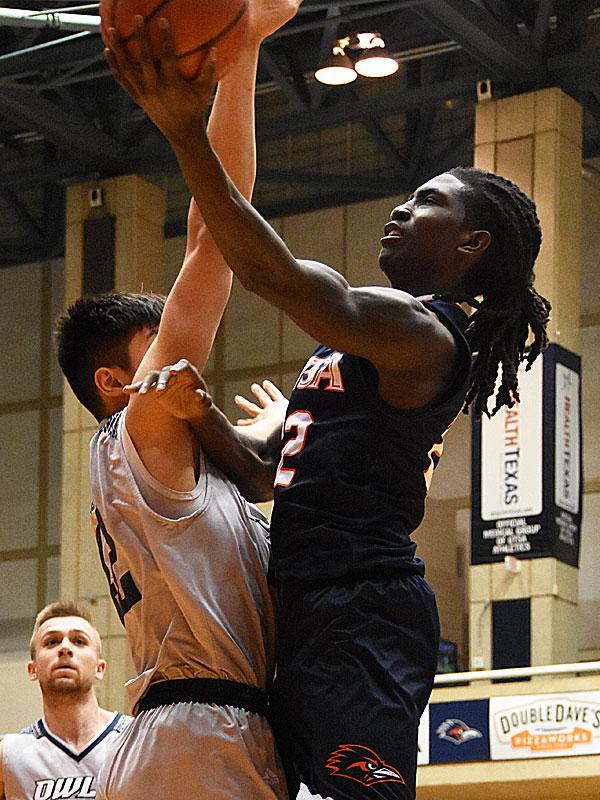 Keaton Wallace had 16 points, 7 assists and 5 rebounds  as UTSA beat Rice 95-79 on Thursday, Jan. 10, 2019, at the UTSA Convocation Center. - photo by Joe Alexander