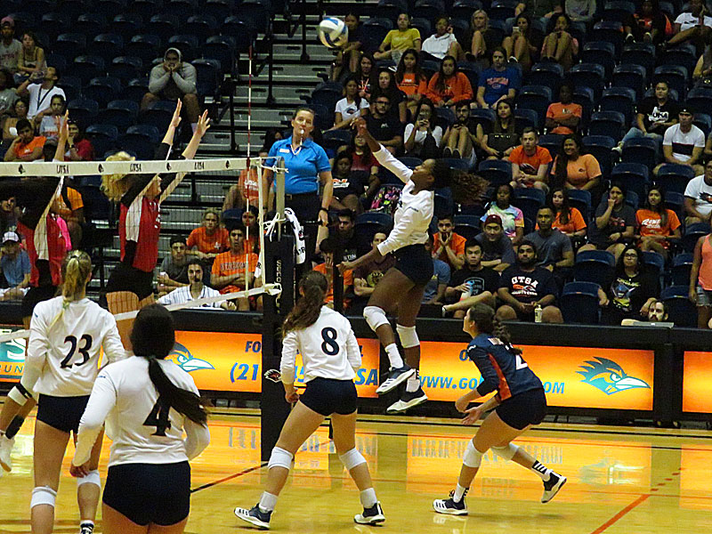 Brianna McCulloch. UTSA beat Incarnate Word on Tuesday, Sept. 17, 2019, at the UTSA Convocation Center.