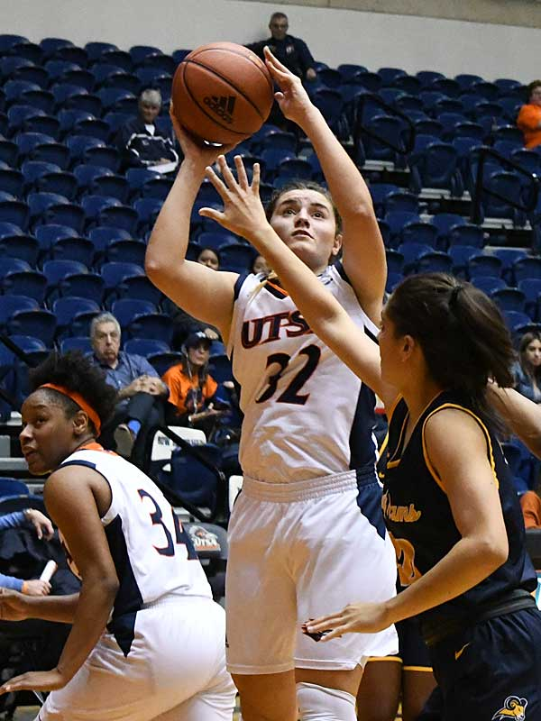 Adryana Quezada scored UTSA's game-winning basket on Friday against Texas Wesleyan. - photo by Joe Alexander