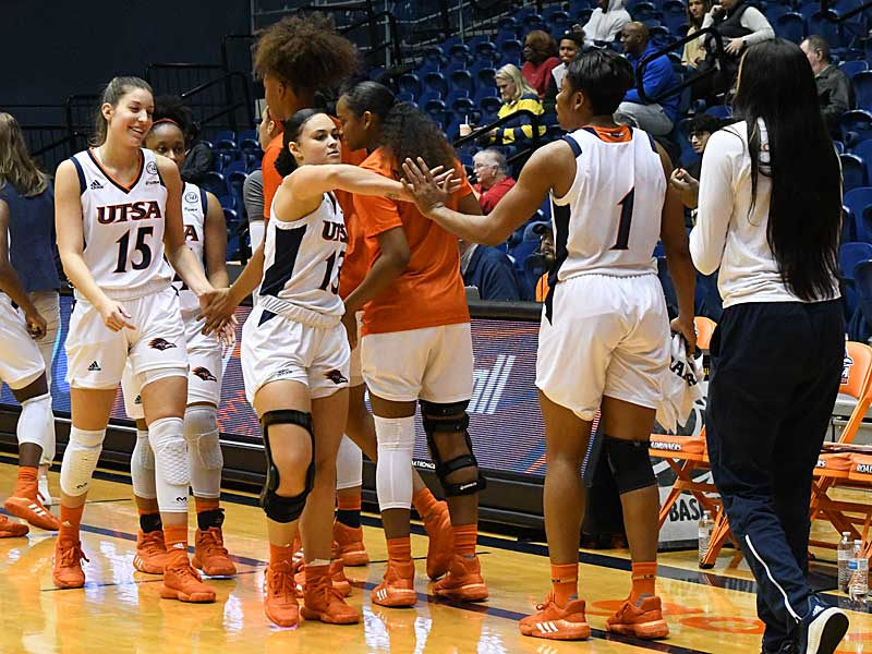 Deja Cousin. The UTSA women's basketball team beat Texas Wesleyan 80-78 on Friday at the UTSA Convocation Center. - photo by Joe Alexander
