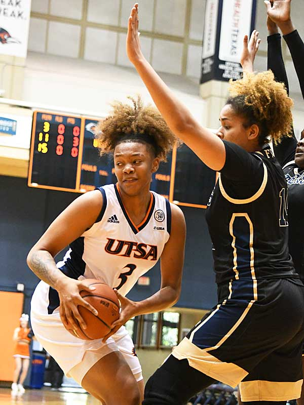 Elena Blanding. UTSA beat Florida International 60-45 in women's basketball on Saturday at UTSA. - photo by Joe Alexander