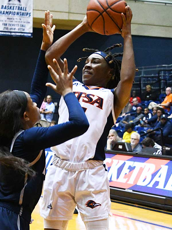Freshman guard Mikayla Woods led the Roadrunners with 30 points. UTSA fell to Rice 74-62 Saturday at UTSA in CUSA women's basketball. - photo by Joe Alexander
