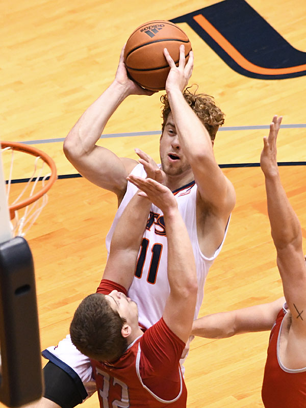 Lachlan Bofinger averaged 4.5 points and 3.0 rebounds in UTSA's first four games of the season. - photo by Joe Alexander