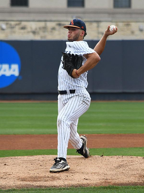 UTSA baseball Kyle Sonduck by Joe Alexander