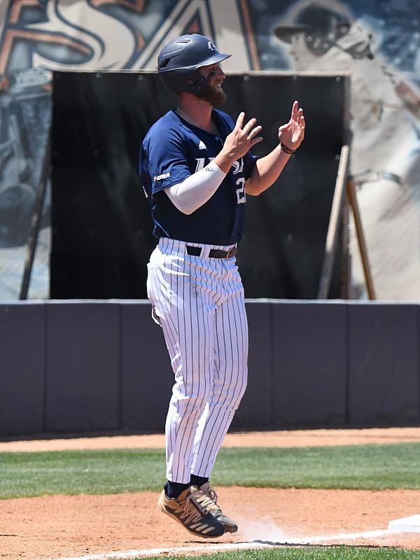 UTSA baseball Griffin Paxton by Joe Alexander